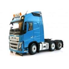 Volvo FH16 6x2 blue